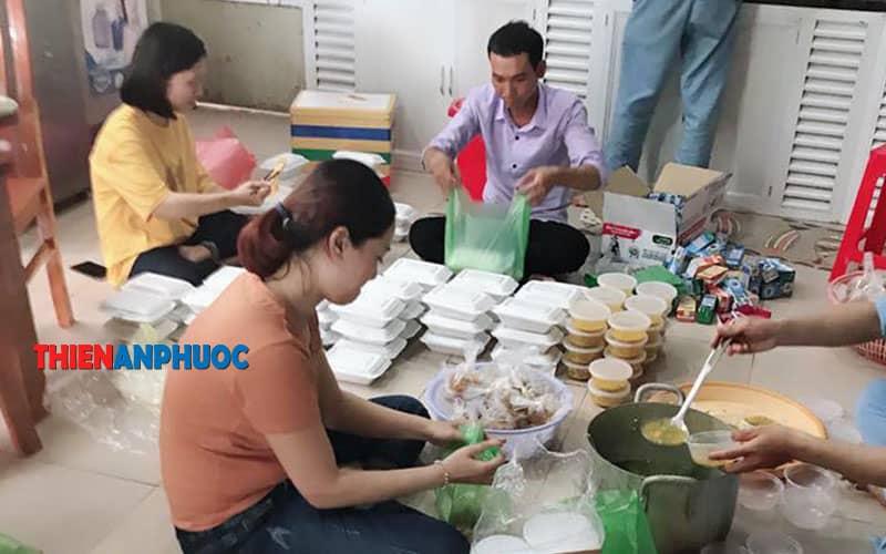 Hình ảnh từ thiện tại các bệnh viện tại TPHCM